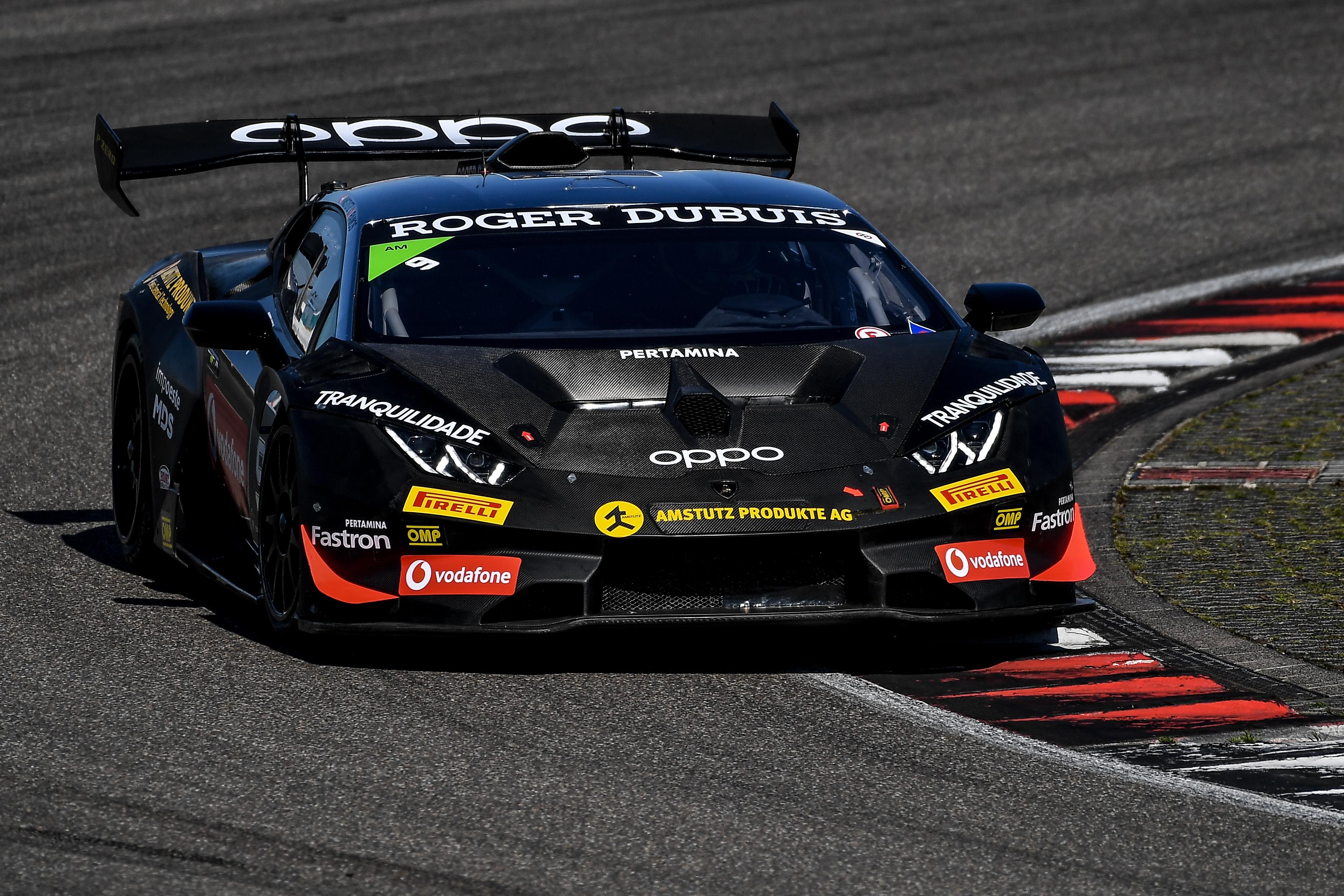 Un secondo posto assoluto e tre vittorie di classe per Target al Nurburgring